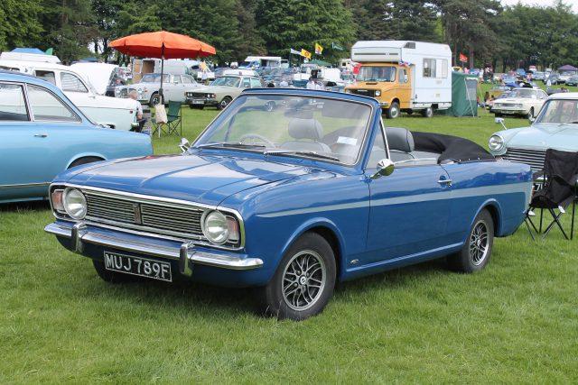Ford-Cortina-Mk2-Crayford-Convertible-MUJ-789-FFord-Cortina.jpg