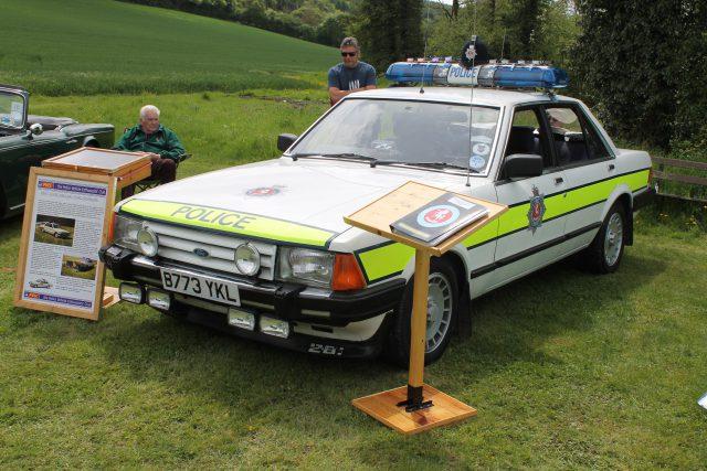 Ford-Granada-Mk2-Police-Car-Kent-Constabulary-B-773-YKLFord-Granada.jpg
