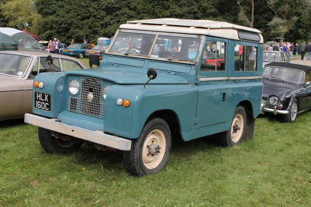Land-Rover-Series-2A-88-HLX-160-CLand-Rover-Series-2-1.jpg
