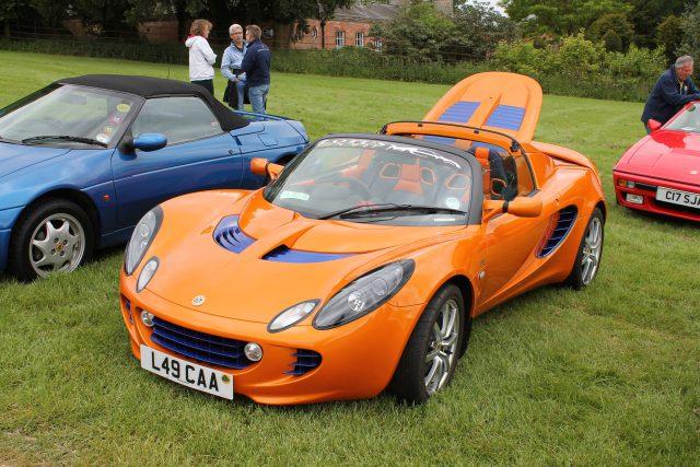 Lotus-Elise-R-L-49-CAALotus-Elise.jpg