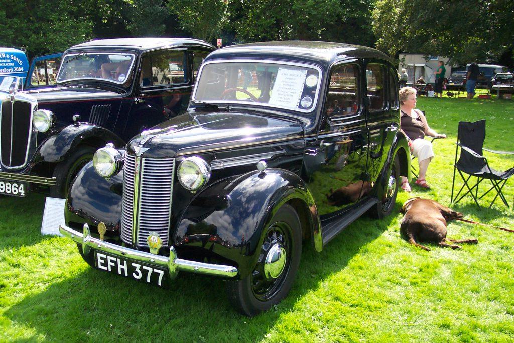 Austin-10-1946EFH-377Austin-10-1-150x150