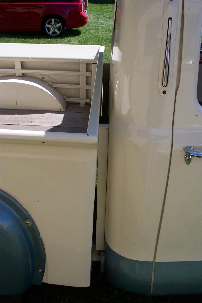 Austin-A40-Devon-Pick-Up-OWR-918-Joint-Austin-Counties-683x1024