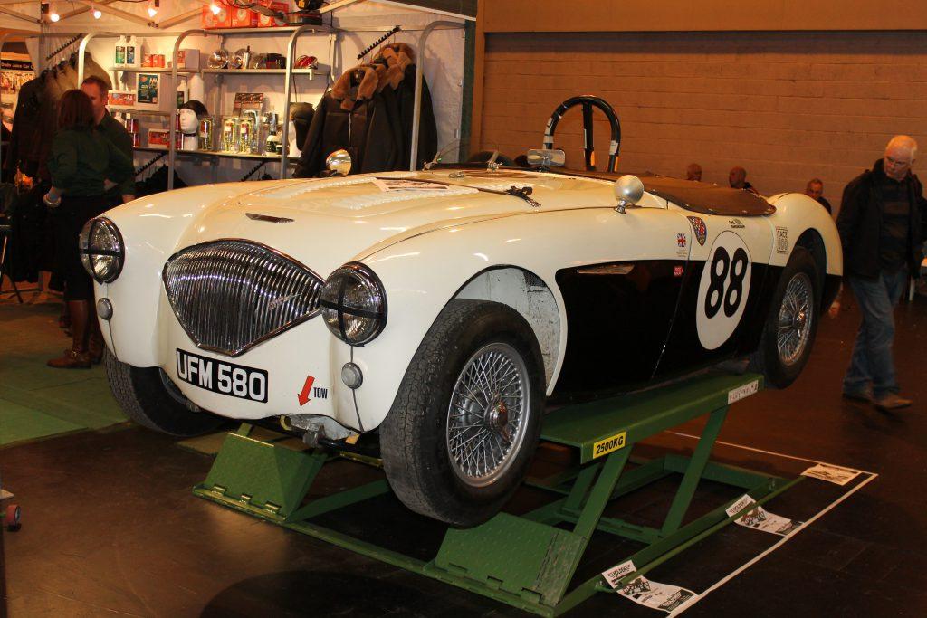 Austin-Healey-100-Racer-UFM-580Austin-Healey-100-1024x683