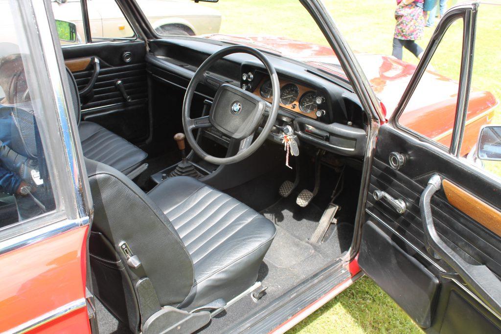 BMW-2002-HPR-589-N-2BMW-2002-1024x683