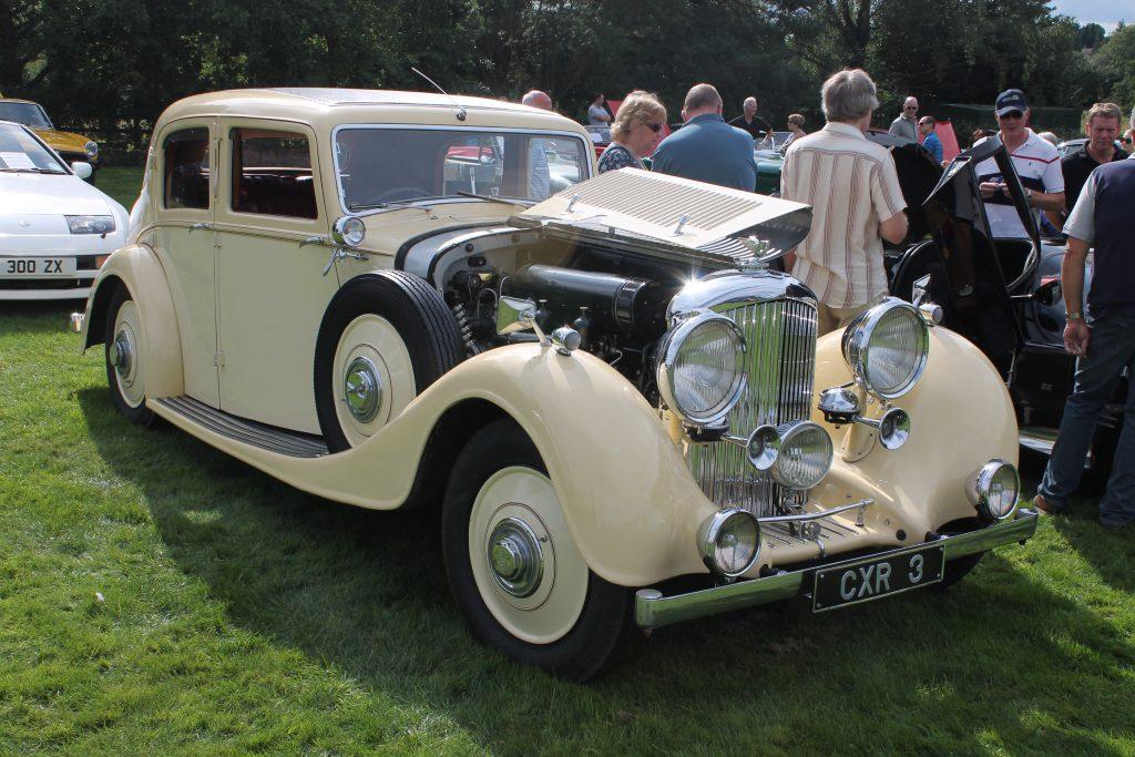 Bentley-4.25-Litre-4-Door-Sports-Saloon-1936CXR-3-1-Bentley-4.25-Litre-1024x683