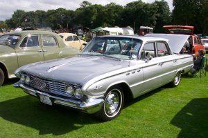 Buick Le Sabre  – CZW 9266