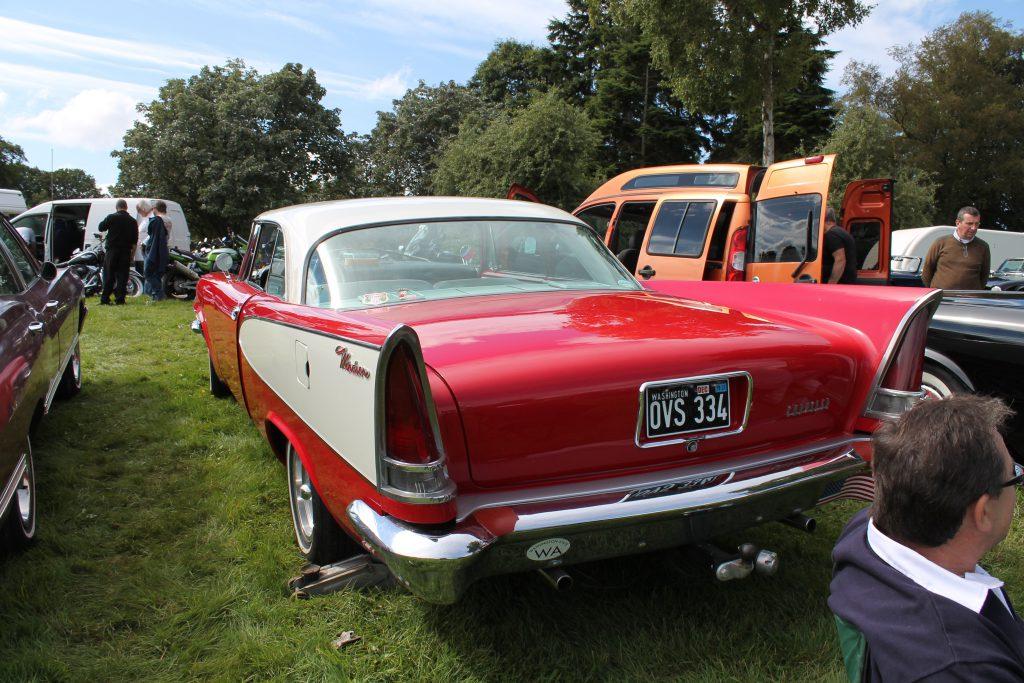Chrysler-Windsor-Sedan-1957OVS-334-3Chrysler-Windsor-1024x683