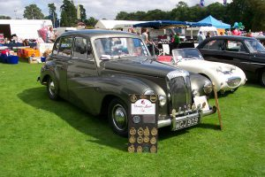 Daimler Conquest  – MCJ 909