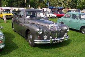 Daimler Majestic Major  – JJJ 860 D