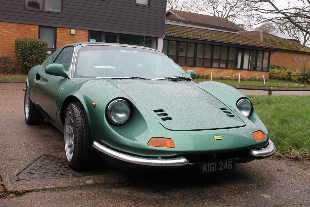 Ferrari-246-Dino-GT-Replica-KIGI-246-3Ferrari-246-Dino-1024x683