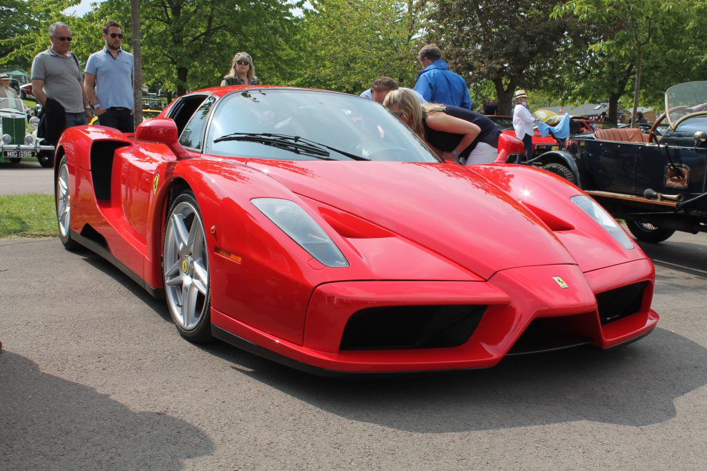 Ferrari-Enzo-1-1024x683