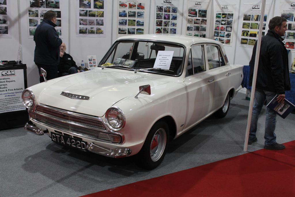 Ford-Cortina-Mk1-GT-GTA-422-DFord-Cortina-1024x683