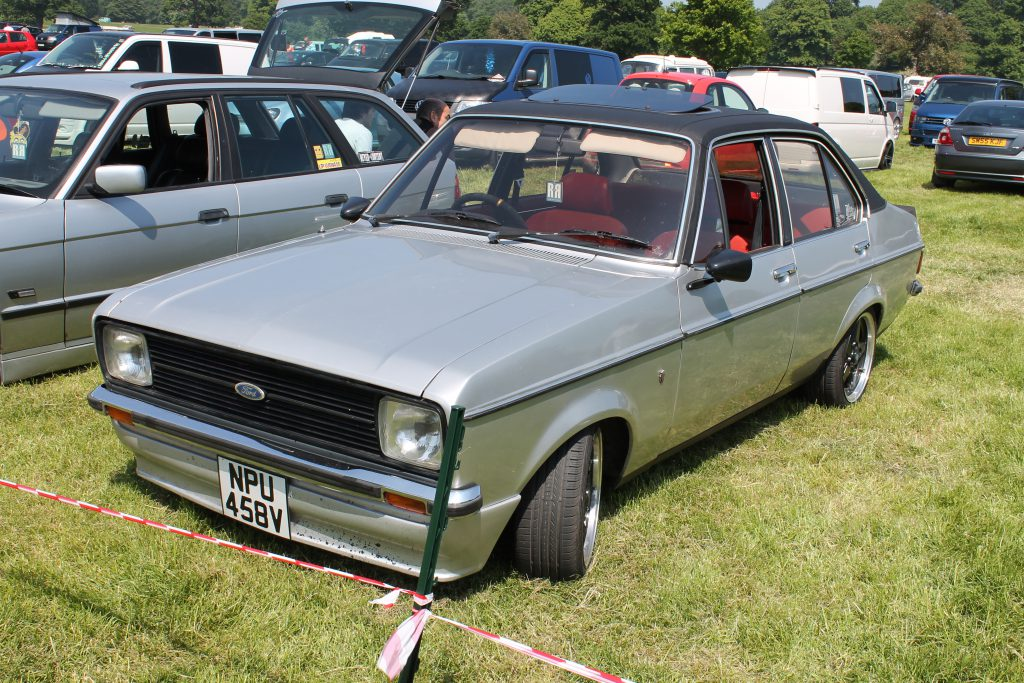 Ford-Escort-Mk2-Ghia-NPU-458-VFord-Escort-1-150x150