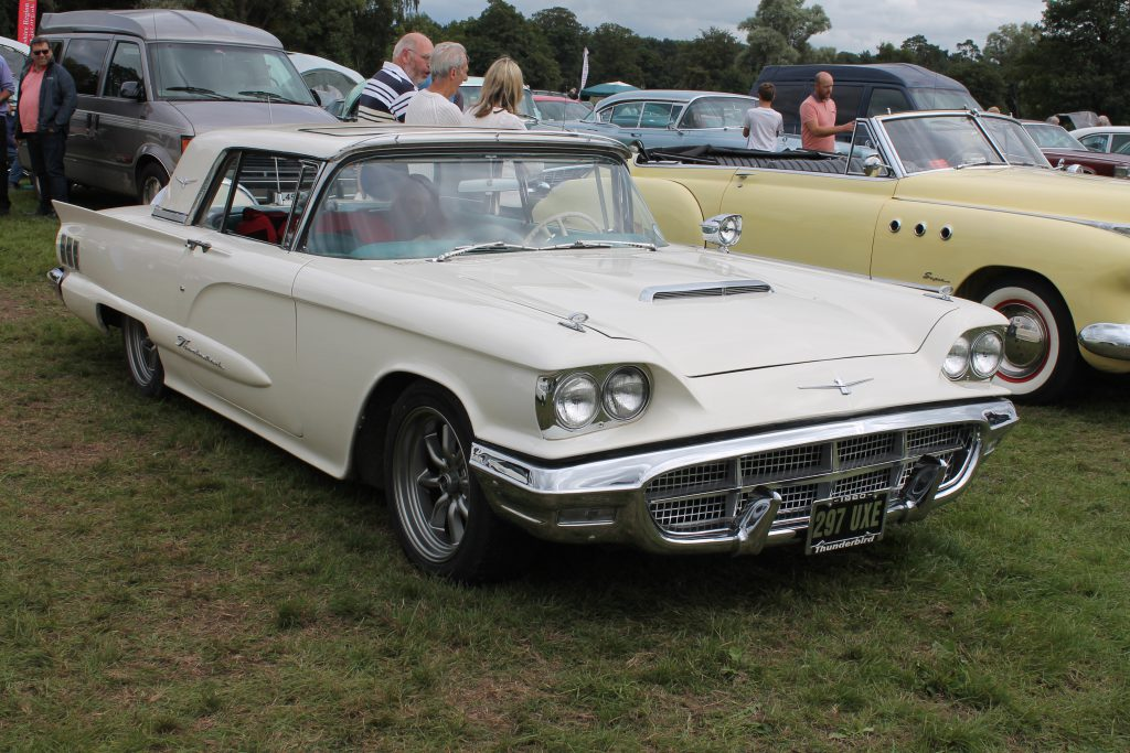 Ford-Thunderbird-1960297-UXEFord-Thunderbird-1024x683