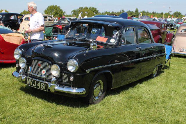 Ford-Zephyr-Zodiac-Mk1-NVJ-461Ford-Zodiac.jpg