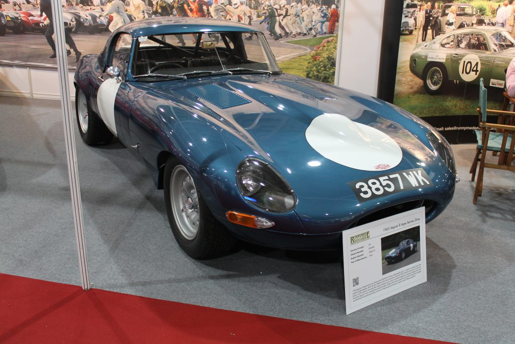 Jaguar-E-Type-Lightweight-Race-Car-3857-WKJaguar-E-Type-1024x683