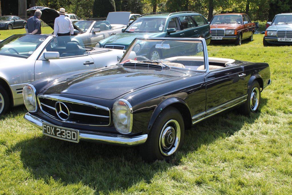 Mercedes-Benz-W113-230SL-FOX-238-D-1Mercedes-Benz-W113-1024x683