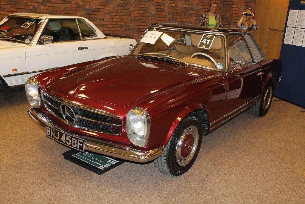 Mercedes-Benz-W113-250SL-BHJ-458-FMercedes-Benz-W113-1024x683