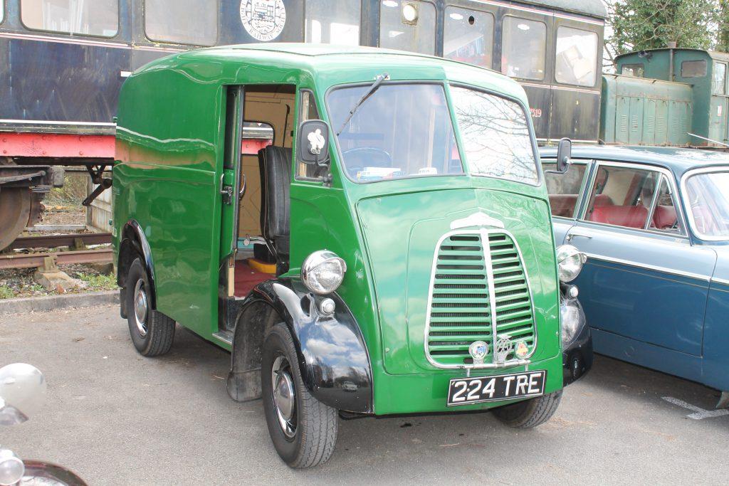 Morris-J-Type-Van-224-TREMorris-J-Type-1-1024x683