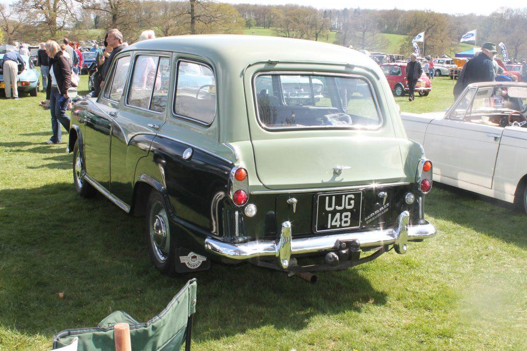 Morris-Oxford-Traveller-UJG-148-Rear-Morris-Oxford-1024x683