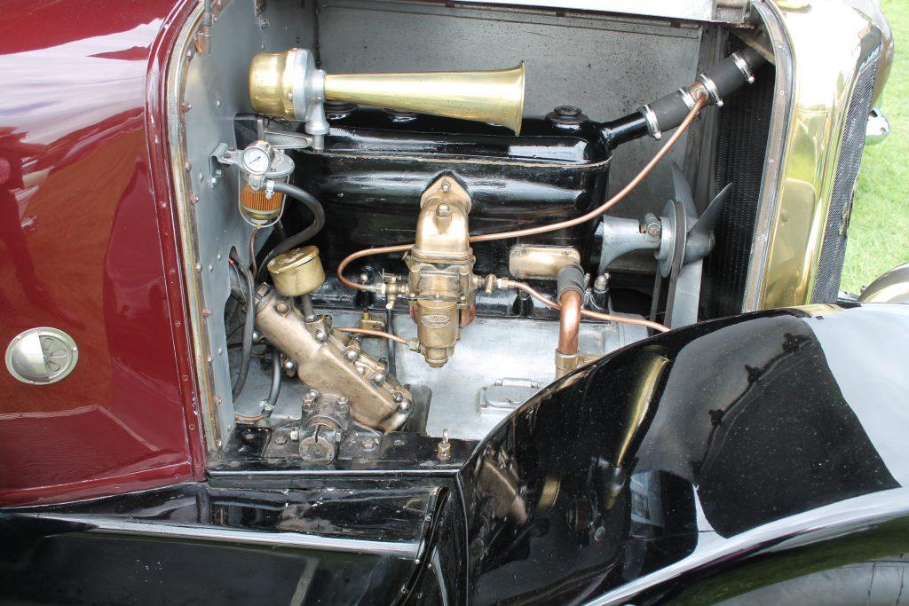 Panhard-et-Levassor-X46-Sans-Soupapes-Landaulette-1924MH-17381Panhard-et-Levassor-1024x683