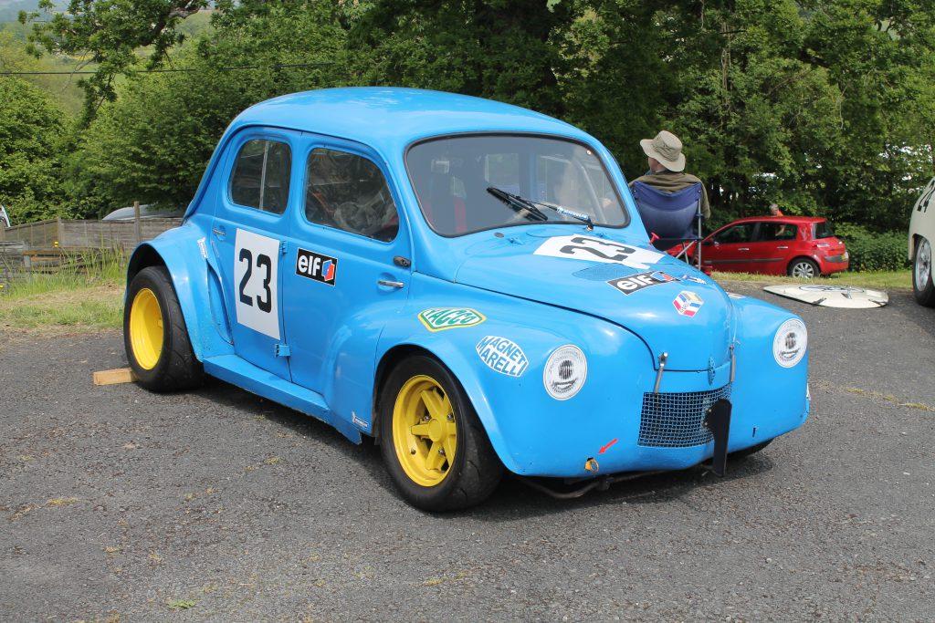 Renault-4c-1024x683