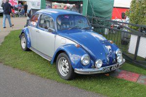 Volkswagen-Beetle-GRK-452-J-300x200.jpg