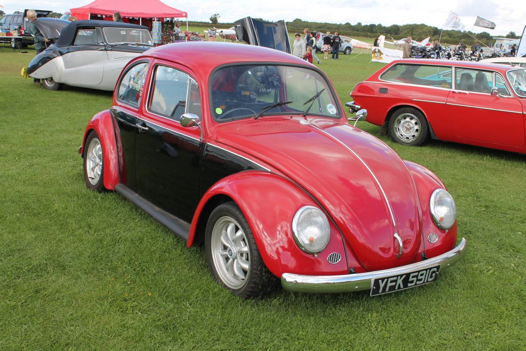 Volkswagen-Beetle-YFK-591-G-150x150