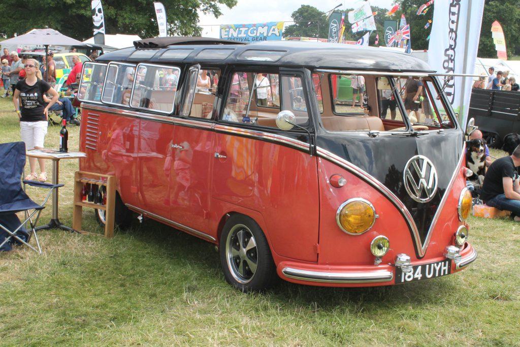Volkswagen-T1-Camper-Van-184-UYH-1Volkswagen-T1-1024x683