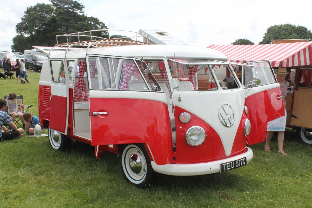 Volkswagen-T1-Camper-Van-TEU-517-C-2Volkswagen-T1-150x150