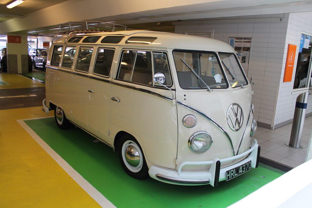 Volkswagen-T1-Samba-Camper-Van-HRL-437-D-2Volkswagen-T1-1024x683