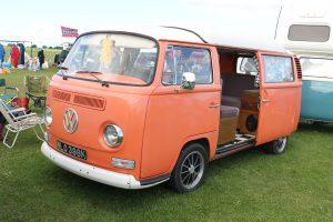 Volkswagen-T2-Camper-Van-NLO-398-K-300x200.jpg
