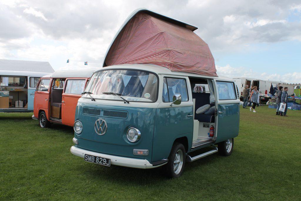 Volkswagen-T2-Camper-Van-SMB-829-J-150x150