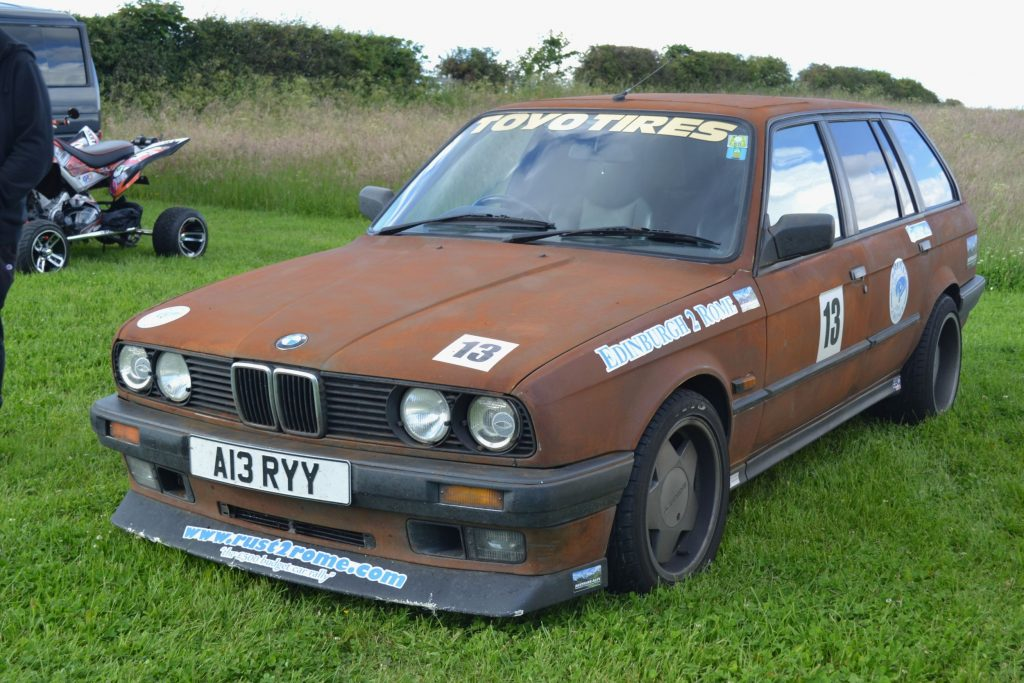 BMW-320i-Touring-1991-A13-RYY-150x150