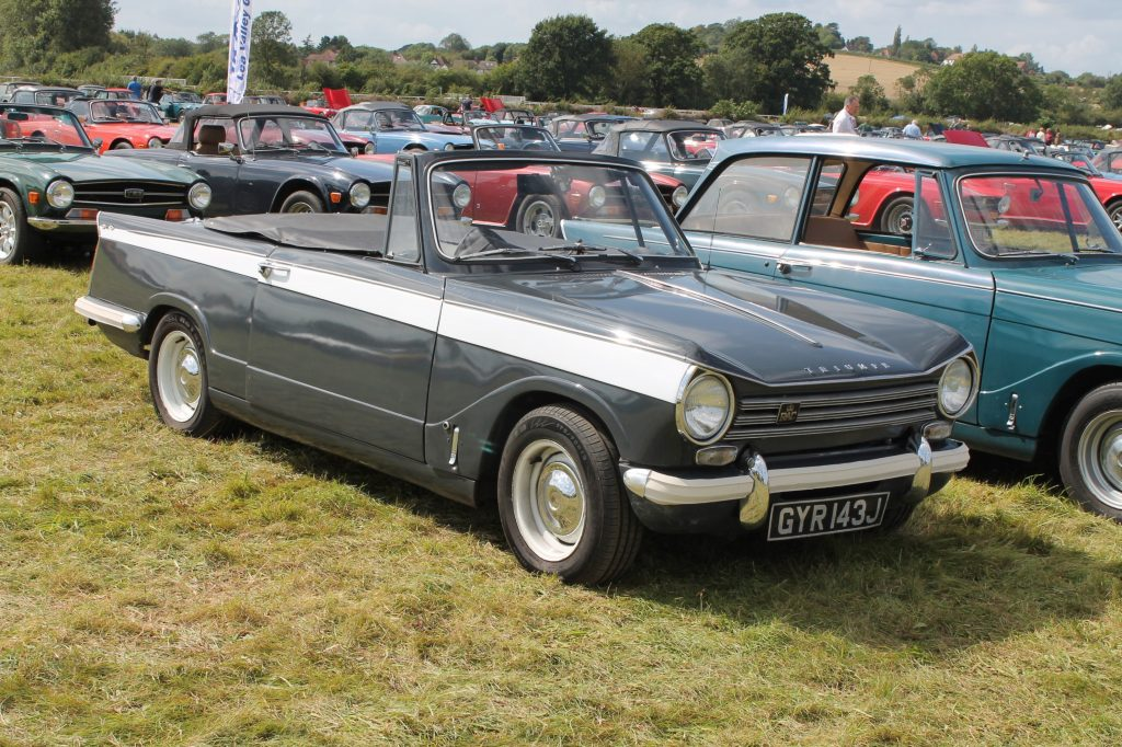 Triumph-Herald-13-60-Convertible-GYR-143-J-1024x682