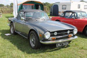 Triumph TR6 – UNJ 740 H