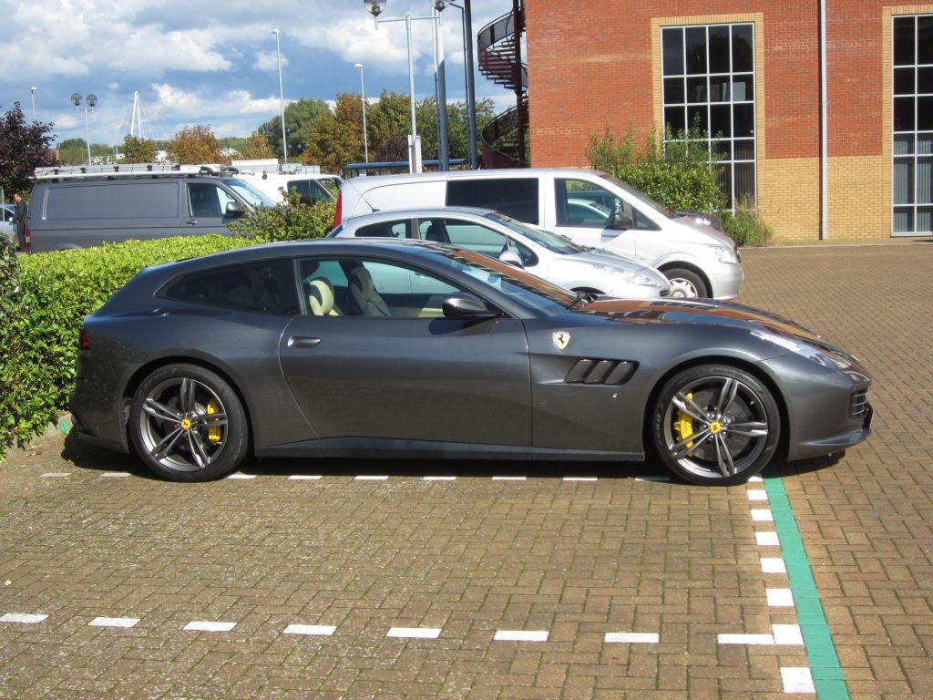Ferrari-GTC4-Lusso-BK-17-BXM-3-1024x768
