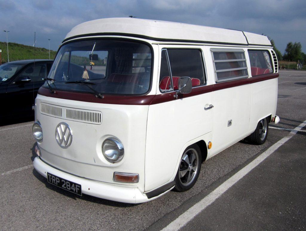 Volkswagen-T2-Camper-Van-TRP-284-F-2-1024x775