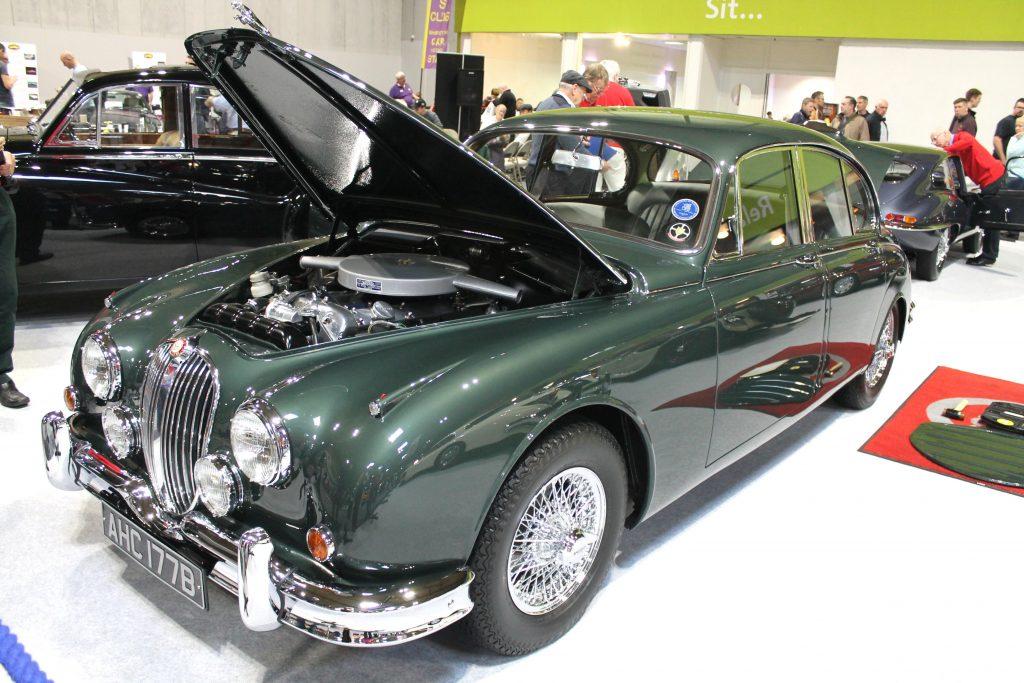 Jaguar-Mk2-3.8-AHC-177-B-1024x683