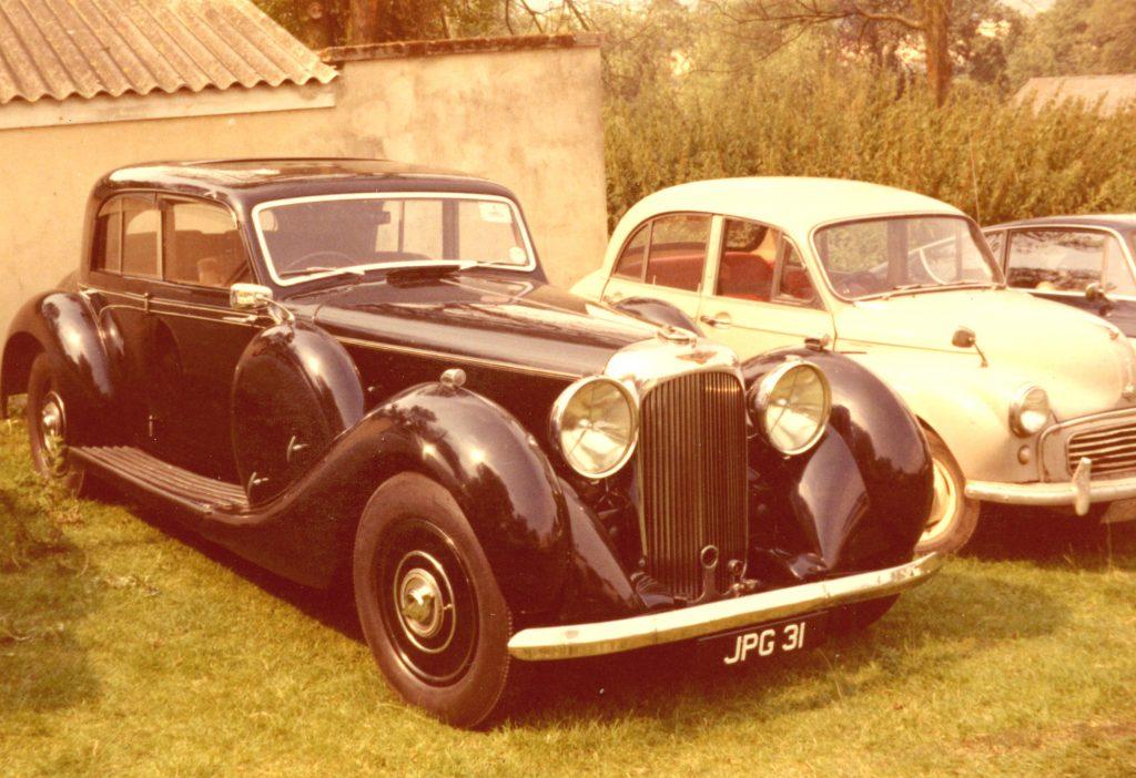 Lagonda-V12-Saloon-1938JFG-31Prescott-13-08-1972Lagonda-V12-1024x702