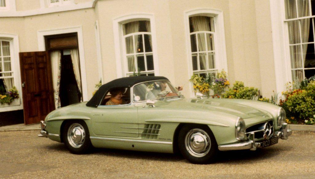 Mercedes-Benz-W198-300SL-Roadster-BCD-798-BBurnham-Beeches-Hotel-Beaconsfield-28-04-1996-1024x583