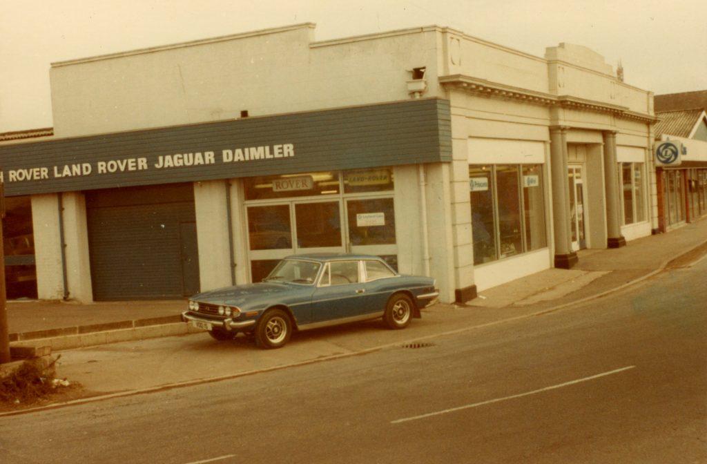 Triumph-Stag-VDD-1-SWestgate-Garage-Gloucester-13-02-1978Triumph-Stag-1024x672