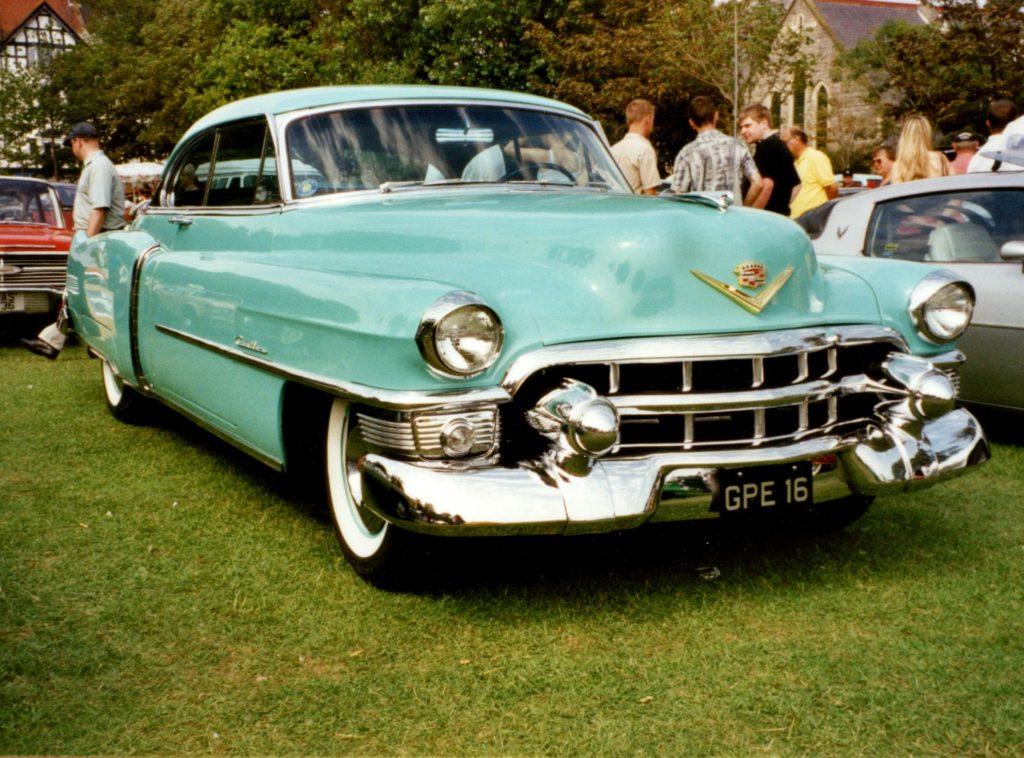 Cadillac-Series-62-2-Door-Hardtop-1953GPE-16-1024x758