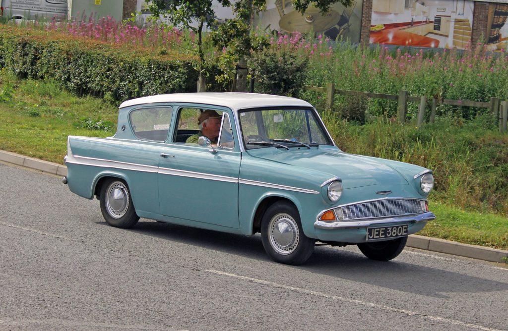 Ford-Anglia-105E-JEE-380-E-1024x668