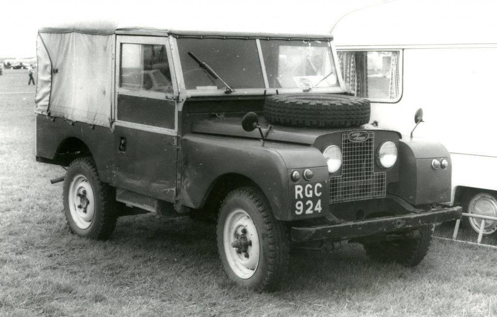 Land-Rover-Series-1-80-RGC-924-1024x652
