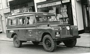 Land Rover Series 2 109 Safari – 61 PRO