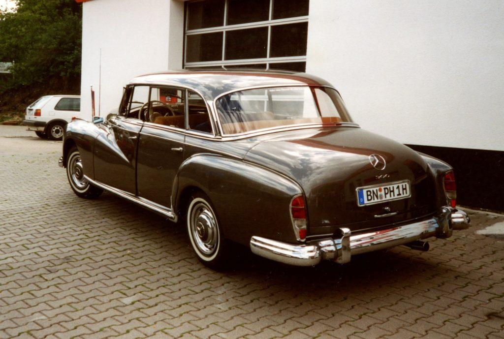 Mercedes-Benz-W189-300-Adenauer-BN-PN-1H-1-1024x689