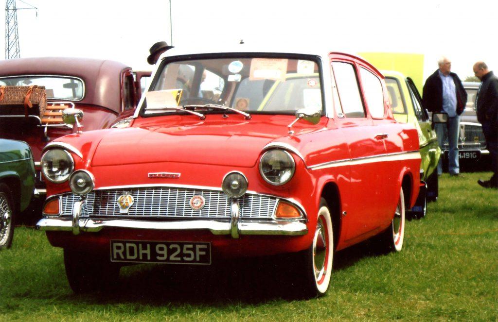 Ford-Anglia-105E-RDH-925-F-1024x663