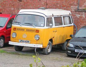 Volkswagen T2 Camper Van – JFM 801 N (Copyright ERF Mania)