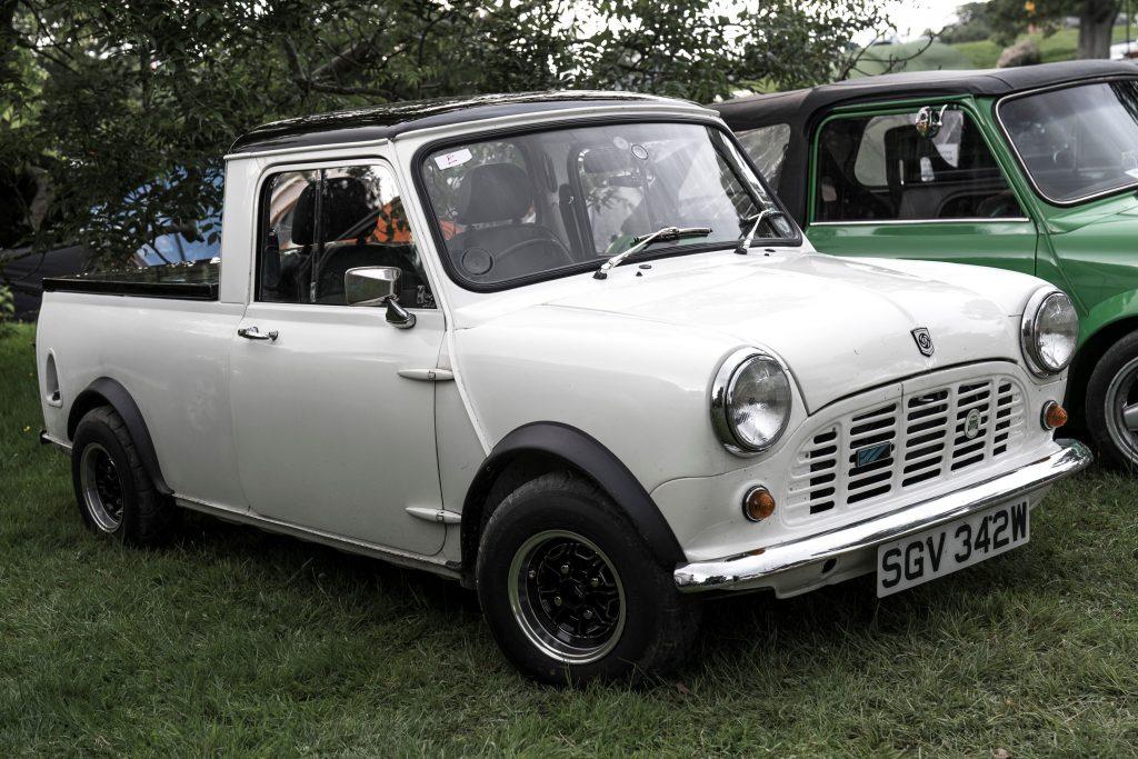 Mini-Pick-Up-SGV-342-W-1024x683